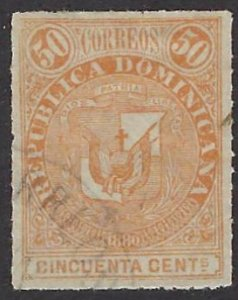 DOMINICAN REPUBLIC 44 USED SCV $4.50 BIN $1.80 COAT OF ARMS