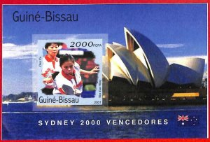 A0717 - GUINEA-BISSAU - ERROR  IMPERF SHEET - SPORT: Sydney OLYMPICS Ping Pong