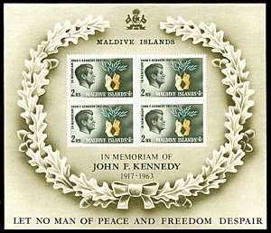 Maldive Islands #163a s/sheet F-VF Mint NH ** John F. Kennedy