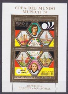 1974 Equatorial Guinea 405-406/B119 gold 1974 FIFA World Cup in Munich 17,00 €
