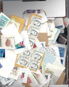 US Lot of 1000+ US stamps on paper