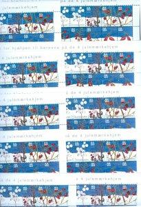 Denmark. 10 Christmas Seal, Sheet 2004 Unfolded. Winter Berries. 2 Side Perfor.