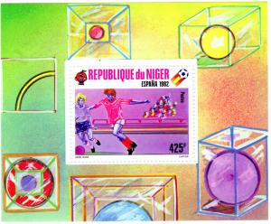 Niger 1982  Scott #526 World Cup 1982 Spain Soccer Football S/S Perforated MNH