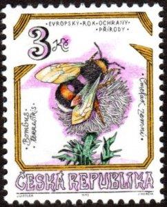 Czech Republic 2951 - Mint-H - 3k Bumblebee (1995) (cv $0.55)