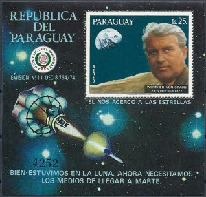 1977 Paraguay Wernher v. Braun, Moon, Viking, Sheet Nr. 308 VF/MNH, CAT 55$