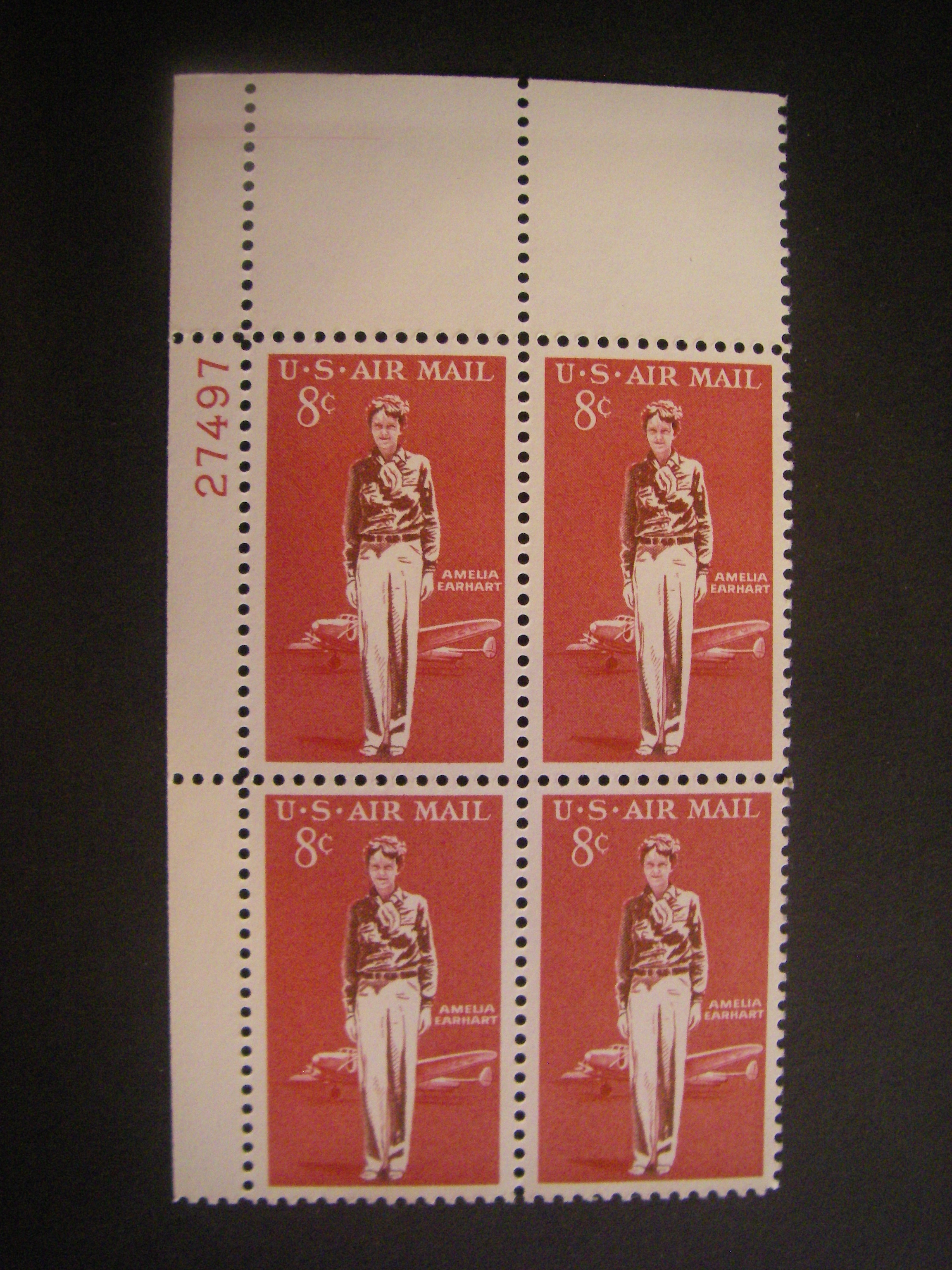 MNH Catalog No C68 USA 1963 8-Cent Amelia Earhart Airmail Block of 4 Postage Stamps