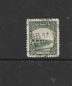 pakistan 1948 2 1/2As green FU SG 30
