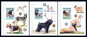 [95682] Guinea 2002 Pets Dogs Chihuahua Wolfhound 3 Imperf. Single Sheets MNH