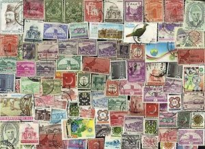 200 All Different PAKISTAN Stamps