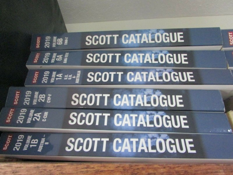 2019 Scott Standard Postage stamp catalogues all 12 volumes, pre owned