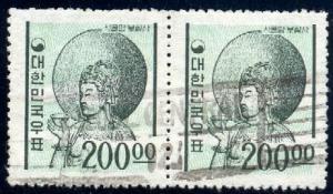 Bodhisattva in Cavern Temple Silla Dynasty Korea SC#373 Pair