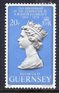 Guernsey 163 Queen Elizabeth II MNH VF