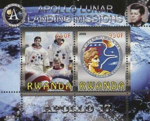 Rwanda Apollo 17 Lunar Landing Missions Souvenir Sheet of 2 Stamps Mint NH