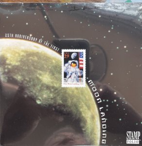 US Stamp Folio 1994 Moon Landing 25th Anniversary 2841 block of 4