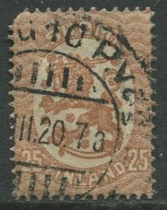 Finland - Scott 92 - Arms of Republic -1917- Used - Single 25p Stamp