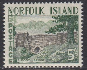 Norfolk Is. 40 MNH - Bloody Bridge