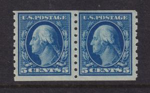 396 Pair VF original gum lightly hinged with nice color cv $ 160 ! see pic !
