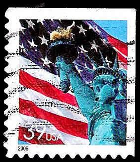 # 3978 USED FLAG AND STATUE OF LIBERTY