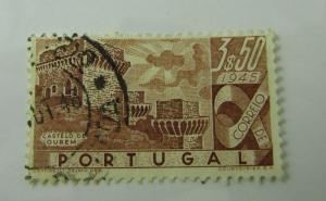 1945 Portugal SC #669  CASTLE  used stamp
