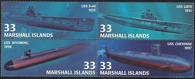 MARSHALL ISLANDS 2000 COMPLETE MINT BLOCK OF 4, SUB-MARINES SC #754