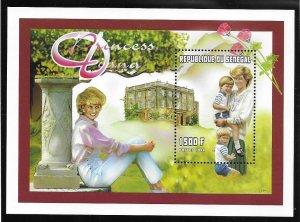 Senegal MNH S/S 1306 Princess Diana & Children 1997