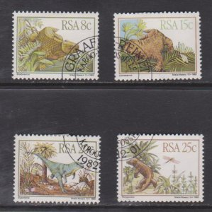SC606-9 South Africa Prehistoric Animals set used