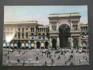 4768 Cartolina Postcard Milano Entrata Galleria usata