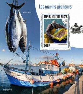 Niger - 2019 Fishermen & Fish on Stamps - Stamp Souvenir Sheet - NIG190306b