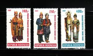 Indonesia 1317-1319 Set MH Costumes (A)
