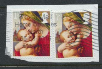 GB QE II SG 3543  two copies Used  on piece