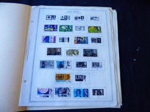 Great Britain 1963-1975 Stamp Collection on Alb Pgs
