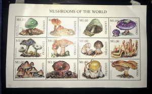 Lesotho 1114 MH Mushrooms of the World SS