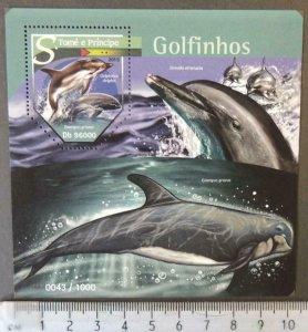St Thomas 2015 dolphins mammals marine life s/sheet mnh