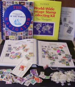 World Wide Stamp Kit - Stamp Album+200 Stamps+Hinges+Guide+Magnifying Glass+More