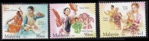 *FREE SHIP Malaysia Traditional Dance 2005 Costumes Culture Attire (stamp) MNH