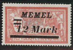 Memel Scott 84 MH* 1922 Surcharged French stamp Thinned
