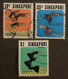 Singapore 207-09 Used Tropical Fish (SCV $9.15)