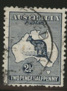 AUSTRALIA Scott 46 Kangeroo Map stamp 1915 CV$15 short perfs