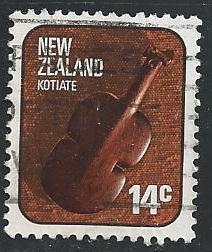 New Zealand 614 14c Kotiate violin weapon used