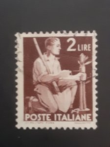 *Italy #470                Used