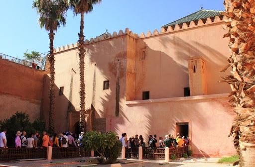 long queue - Saadian Tombs