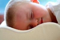 [嬰兒用品]Cuski嬰幼兒專用太空棉安睡舒適枕枕袋