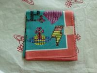 全新Vivienne Westwood粉紅邊彩珠Logo手巾