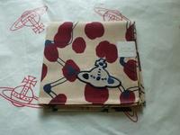 全新Vivienne Westwood卡其色班點Logo手巾