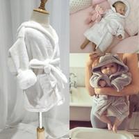 秋冬嬰兒法拉絨帶帽浴袍 / 嬰兒珊瑚絨睡袍