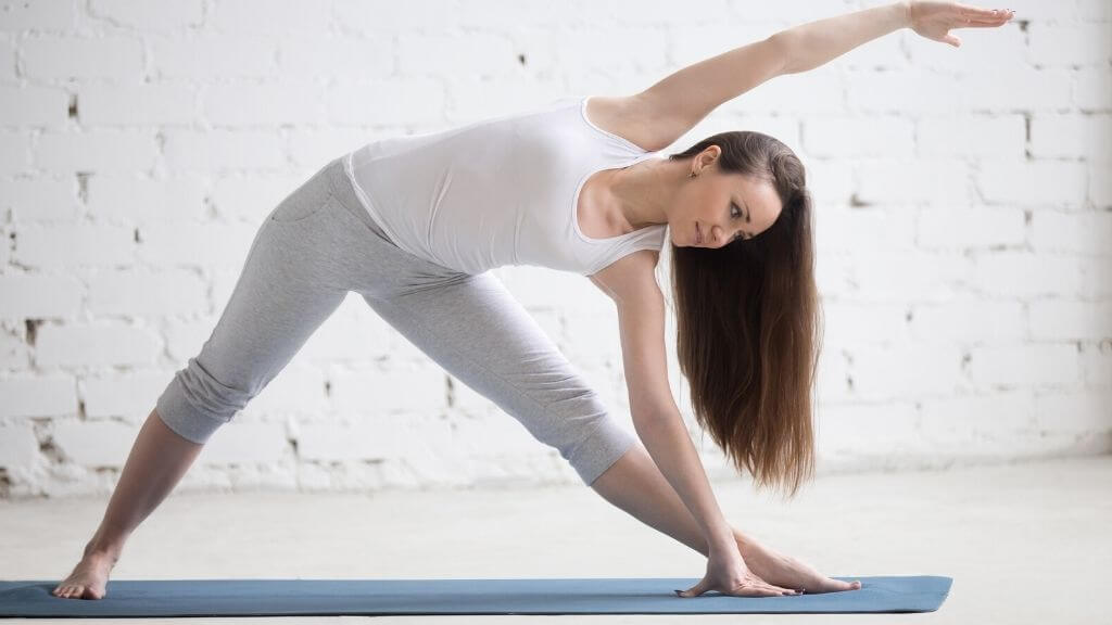 Yoga for hair health? The 5 best yoga poses to protect your hair