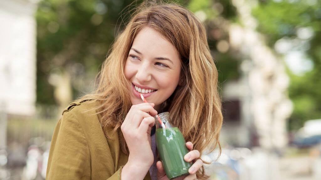 Papaya spinach smoothie