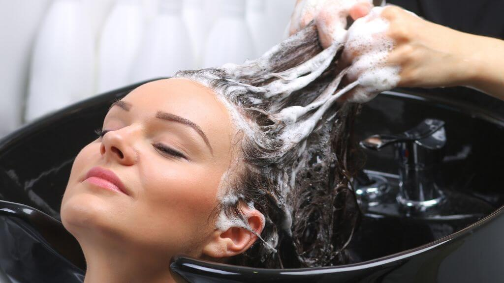 Secrets for a salon-quality shampoo experience