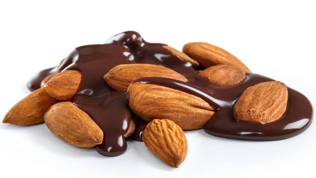 Chocolate-almond hearts