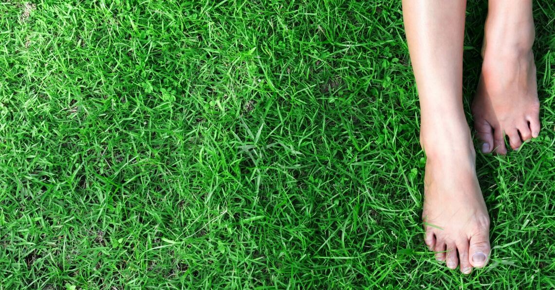 What Is Earthing? And Should You Be Doing It?